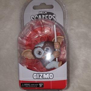 Gizmo Gremlins Mogwai Figure Neca Scakers headphon